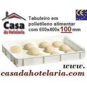 Tabuleiro em Polietileno Alimentar Reforçado, dimensões de 600x400x100 mm (LxPxA) - Refª 101516