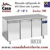 Bancada Refrigerada de 405 Litros com 3 Portas GN 1/1 da Linha 700 (Grupo à distância) (transporte incluído) - Refª 101533